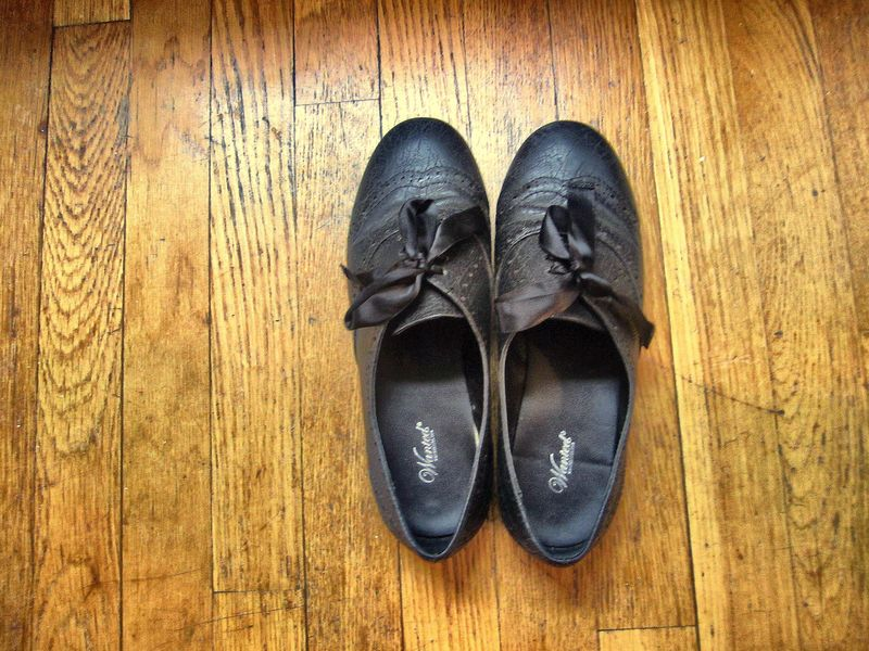 Blackshoes1